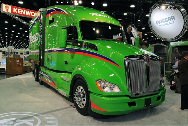 <p>Kenworth T680</p> <p><em>Photo: Evan Lockridge</em></p>