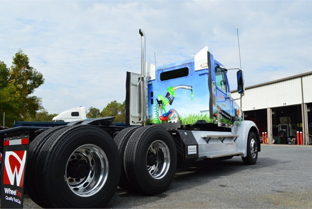 Penn's demo tractor, assembled from a Freightliner Coronado glider kit, has an American Power Group diesel-natural gas fuel system and a Webasto coolant heater.